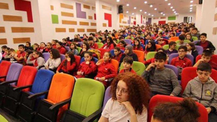 Bursa Sınav Kolejine Doruk'tan Seminer